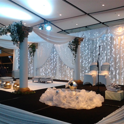 10m x 3m Curtain Lights with Scallop
